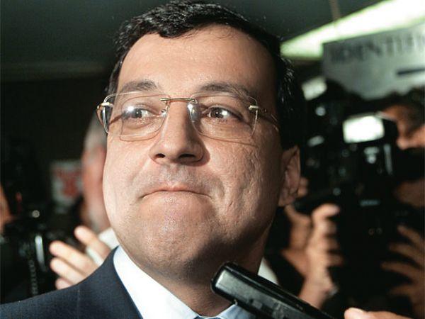 Gravações mostram que Cachoeira teria agido para derrubar ministro