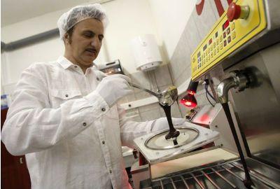 Disco de chocolate que toca música é fabricado na Croácia