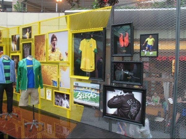 Neymar na Euro? Camisa e chuteira do craque se destacam em Varsóvia