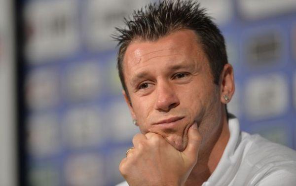 Se eles são gays o problema é deles, diz Cassano sobre jogadores da seleção Italiana
