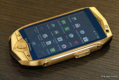 Lamborghini lançará smartphones de ouro e tablet com tela de safira