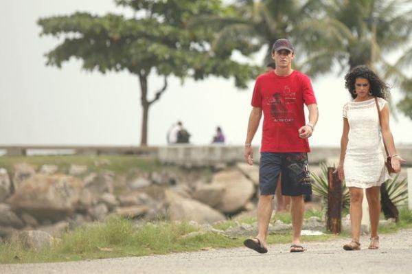 Ex-BBBs Fael e Noemí se reencontram no Rio