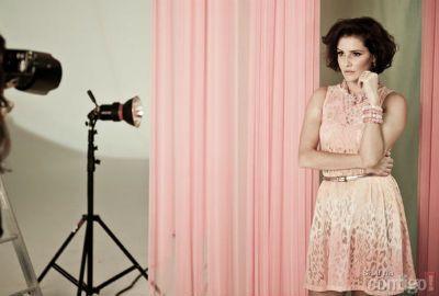 Deborah Secco é estrela da campanha de feira de moda