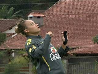 Jogadora Marta elogia possível sucessora:
