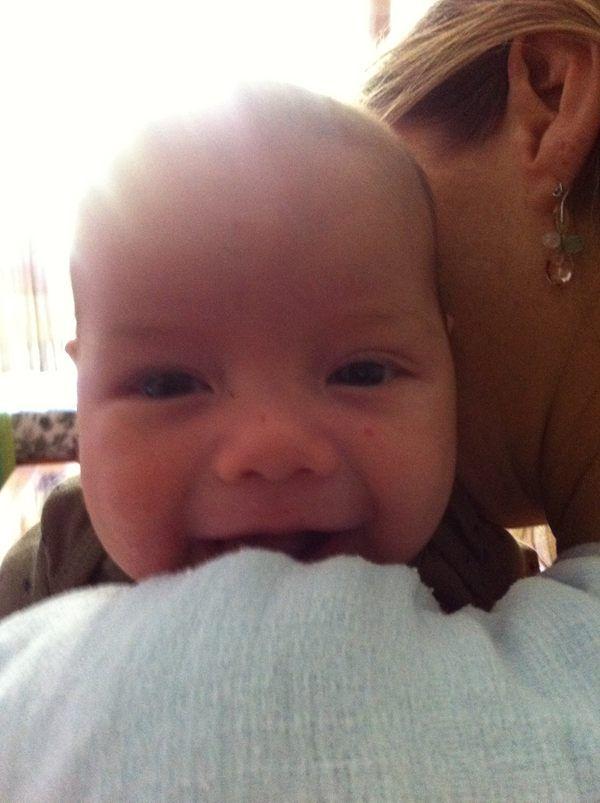 Luana Piovani e o marido postam fotos do filho, Dom: