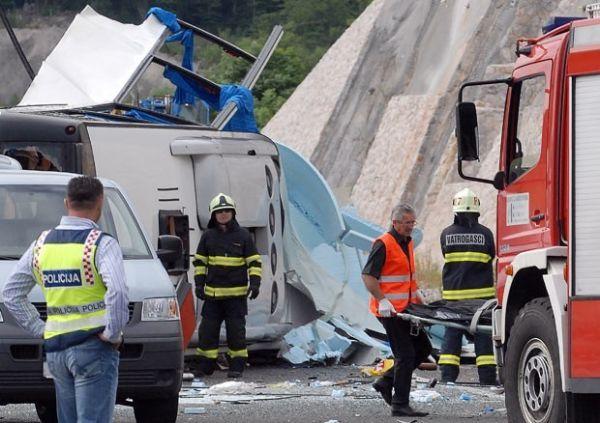 Batida mata oito na Croácia e fere 44 pessoas
