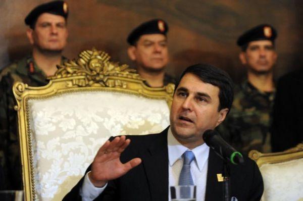 Não houve golpe, diz novo presidente do Paraguai após destituição de Lugo