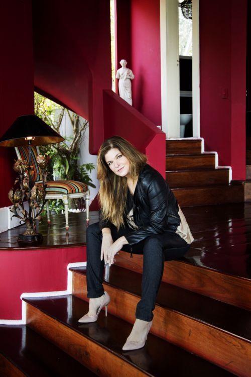 Atriz Cristiana Oliveira emagrece 17 kg para viver personagem
