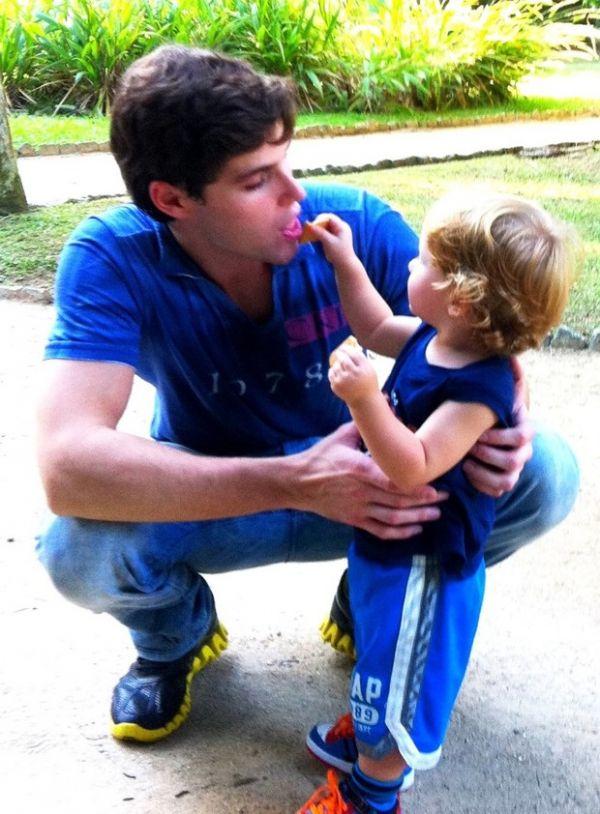 Jonatas Faro posta foto do filho, Guy: