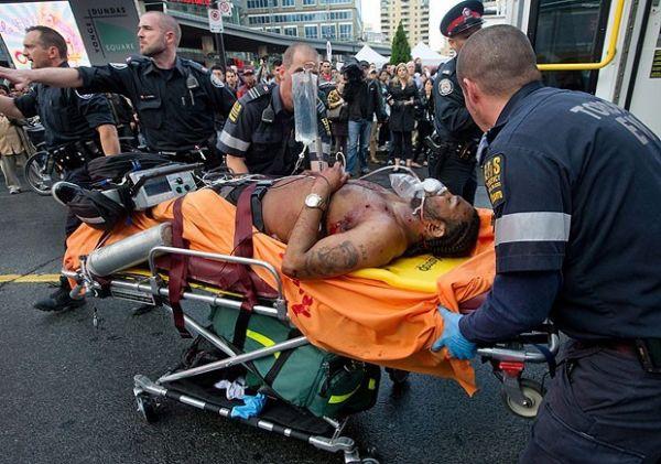 Homem abre fogo em shopping e mata uma pessoa no canadá