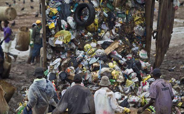 Maior lixão da América Latina, aterro de Gramacho é fechado
