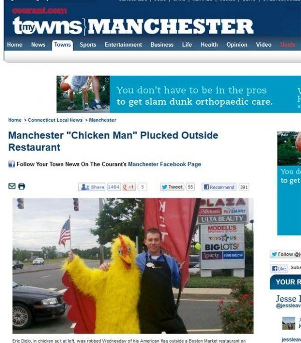 Homem vestido de galinha é atacado e tem bandeira roubada nos EUA