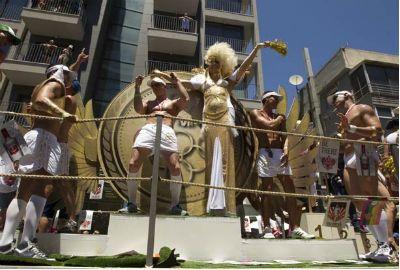 Milhares participam da Parada do Orgulho Gay em Tel Aviv