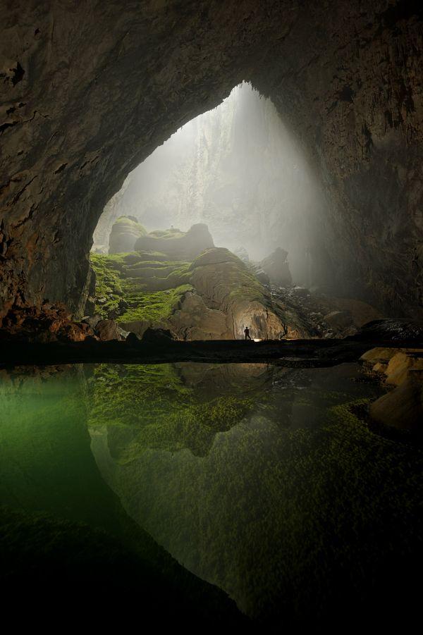 Maior caverna do mundo, no Vietnã, tem espaço para prédio de 40 andares