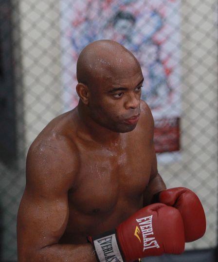 Quem diria? Antes de se tornar o astro do UFC, Anderson Silva era magrinho