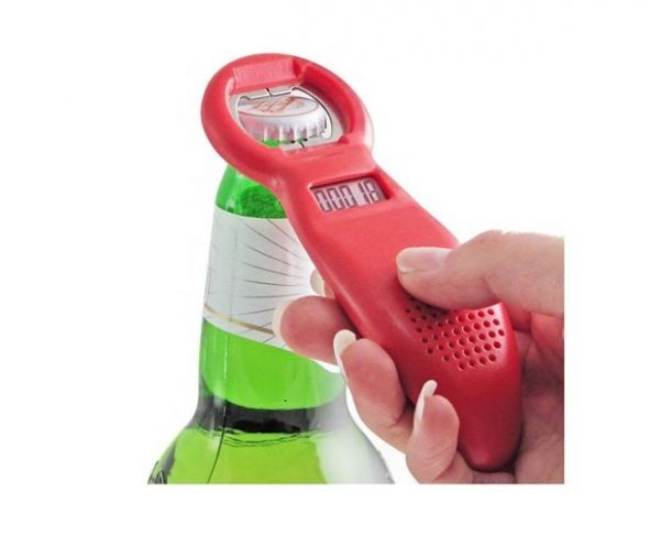 Abridor de garrafas ajuda a contar quantas cervejas foram tomadas