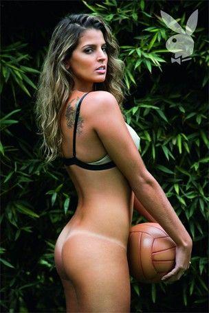 Mari Paraíba conta que já foi cantada por atletas: â??Elas caem em cimaâ??