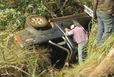 Idoso é localizado vivo após 4 dias preso nas ferragens de veículo