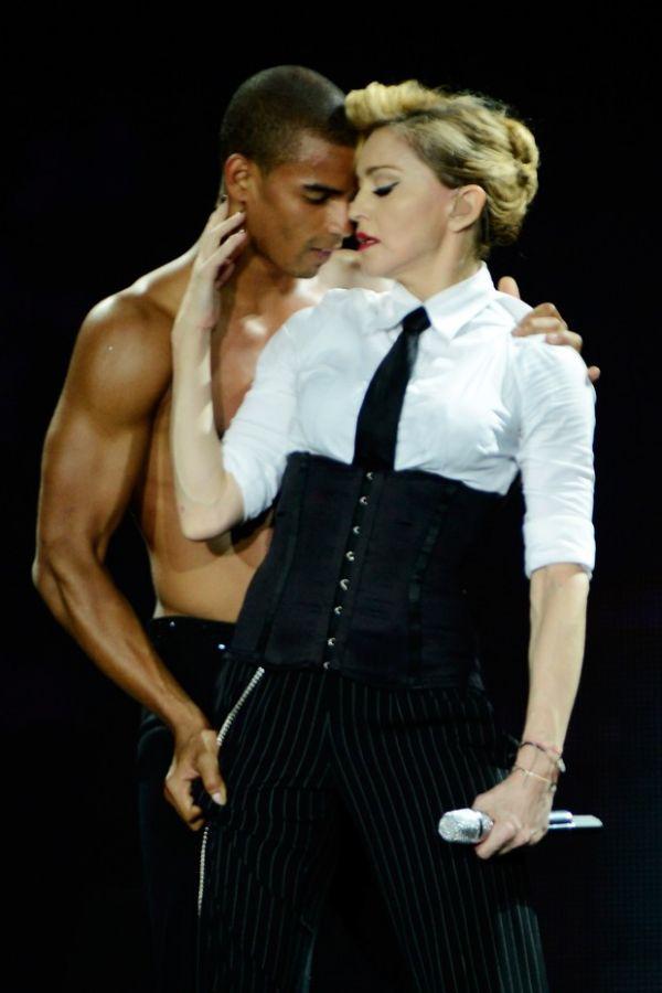 Madonna apalpa