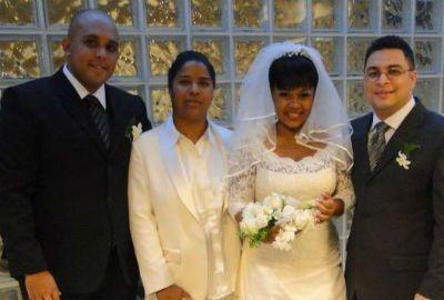 Casal evangélico oficializa união em primeiro casamento gay na TV