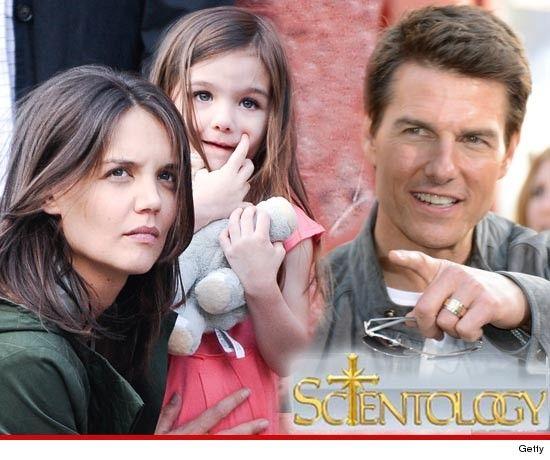 Kate Holmes pediu separação de Tom Cruise por causa de Suri