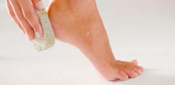 Cuidar dos pés é fundamental para manter saúde e aparência em dia
