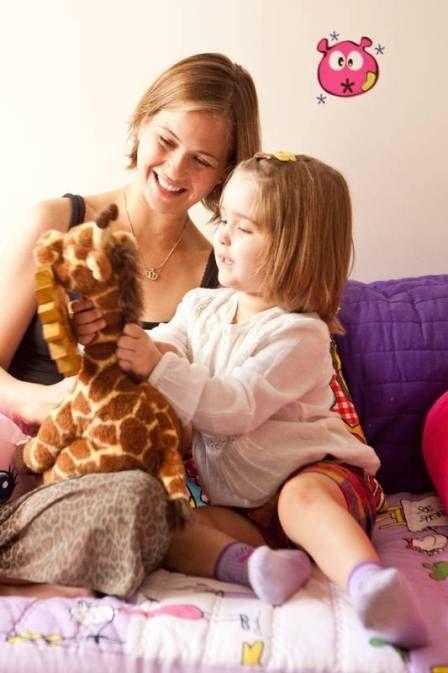 Com filha na reta final do tratamento contra leucemia, Luiza Valdetaro se muda novamente