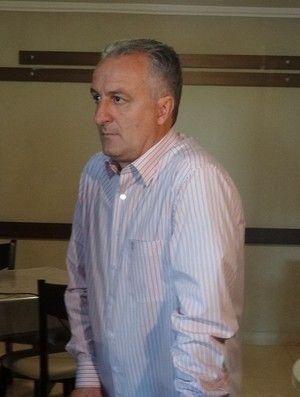 Dorival Júnior viaja para o Rio pronto para ficar no Flamengo