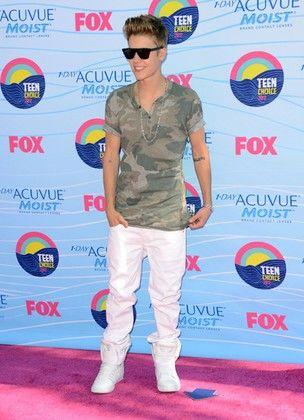 Paparazzo que perseguiu Justin Bieber é processado, diz site