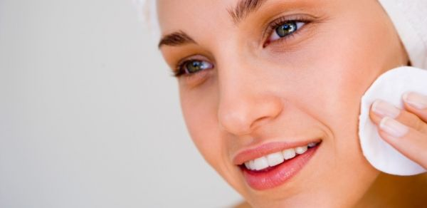 Tônicos faciais são parte importante do cuidado diário com a pele