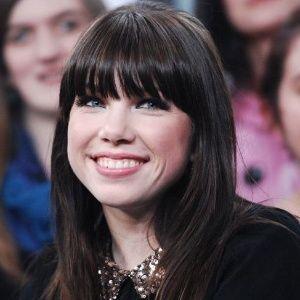 Vazamento de imagens da cantora Carly Rae Jepsen nua é investigado