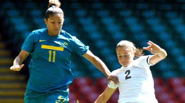 Brasil sofre, mas bate Nova Zelândia com gol no fim e avança às quartas