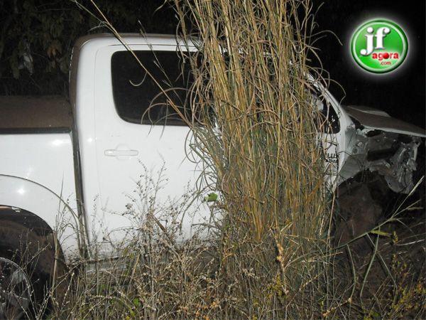 Colisão frontal entre Fiat e Hillux deixa uma pessoa morta na PI-113 em José de Freitas