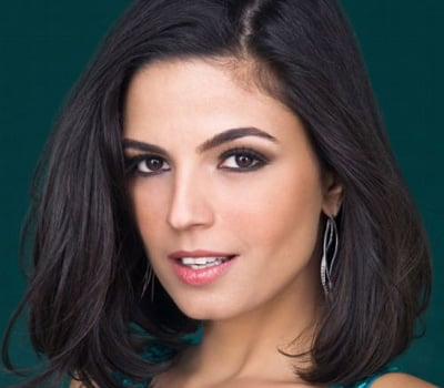 Emanuelle Araújo conta segredos de beleza e exibe sua ótima forma