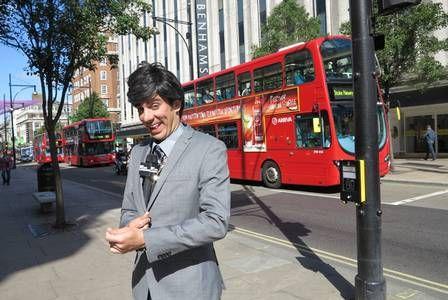 Marcelo Adnet estreia novo programa gravado em Londres