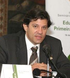 Haddad: PT quer ir à Justiça para conseguir mais espaço na Globo