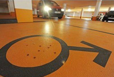 Alemanha: Prefeito separa vagas de estacionamento para homens