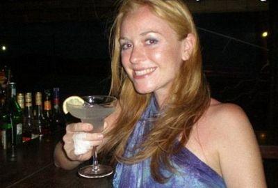 Mulher sobrevive a queda de 30 m e se diz curada da vaidade