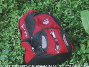 Amante que matou adolescente a socos alterna choro e olhar vazio, diz delegado