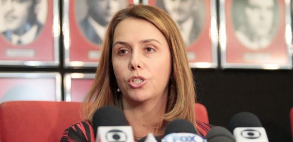 Conselho do Fla tenta evitar impeachment de Patricia Amorim