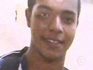 Suspeito de matar jovem em lava a jato por pressa diz que tiro foi acidental