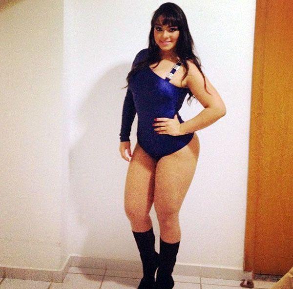Mulher Melancia posta foto no Twitter e complica vida de casais
