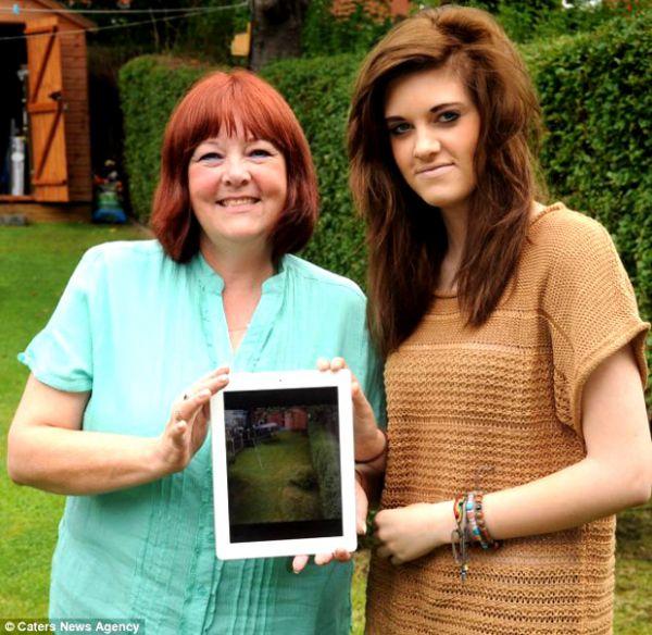Jovem de 16 anos acredita ter fotografado um fantasma com seu iPad