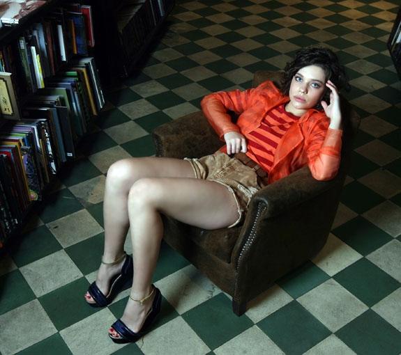 Bruna Linzmeyer - Fotos nua e pelada - Super Nua