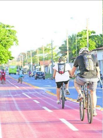 Classe média começa a se interessar pela bicicleta que já é transporte fixos das classes C e D