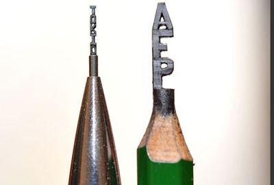Japonês bate recorde esculpindo corrente em grafite de lápis