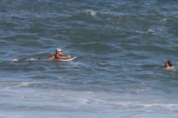 Paulo Vilhena salva turista no mar: