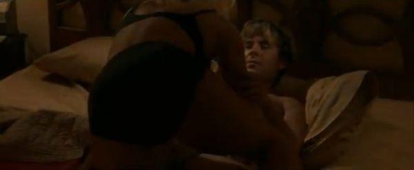 Zac Efron protagoniza cenas sexy com Nicole Kidman em novo filme