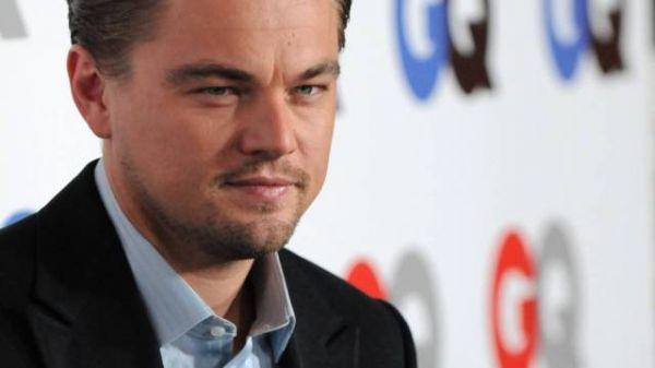 DiCaprio tenta animar Pattinson em viagem para só meninos