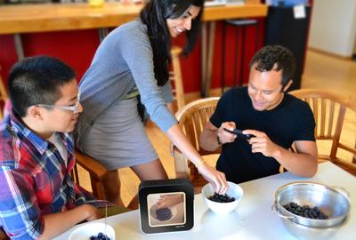 Instacube, o porta-retrato que exibe fotos do Instagram em tempo real